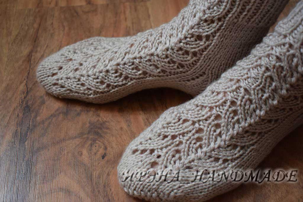Вязание носочков с ажуром - мысок