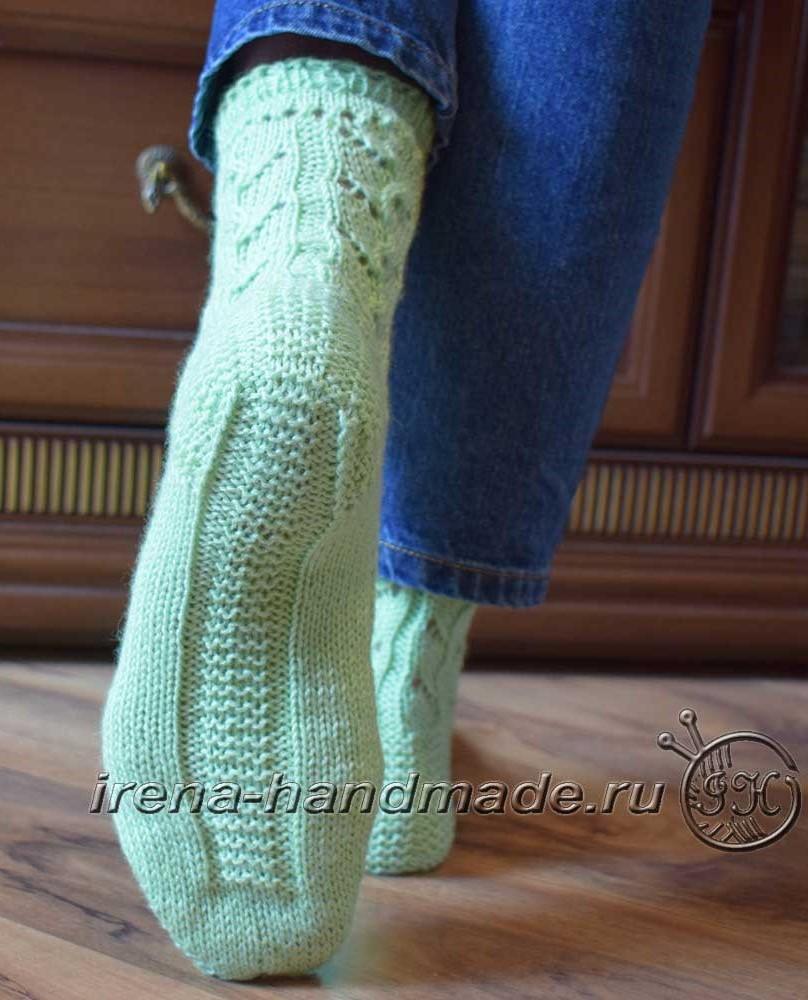 Ажурные носки с узором «Ручеек» - подошва