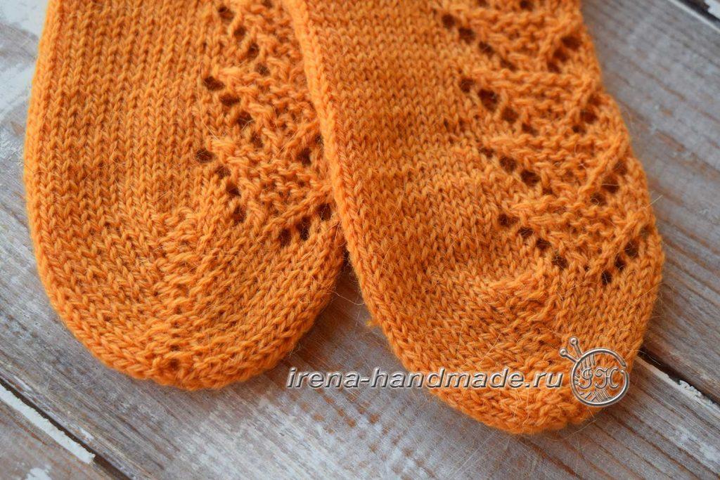 Ажурные носки с узором «Треугольники» - мысок