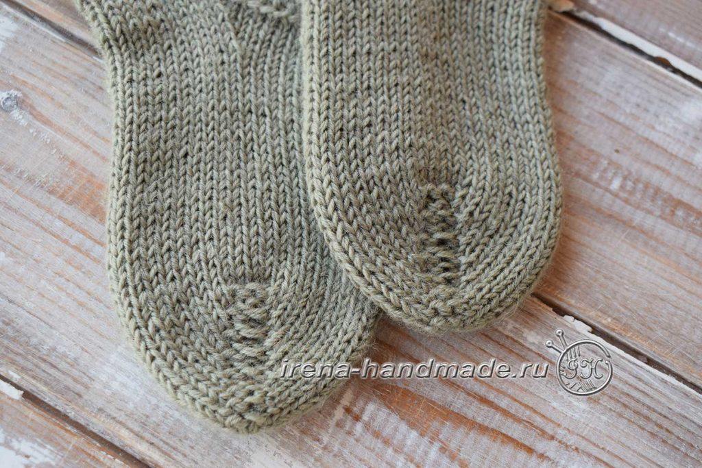 Носки с жаккардовым узором - мысок