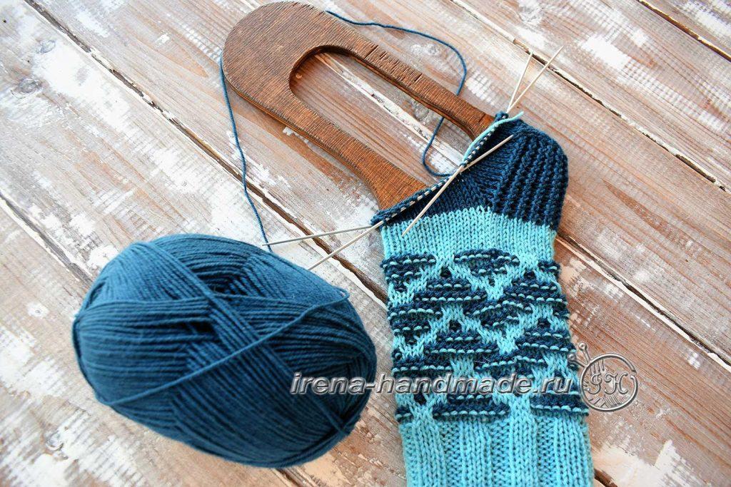 Носки «Вираж» ленивым жаккардом - клин подъема
