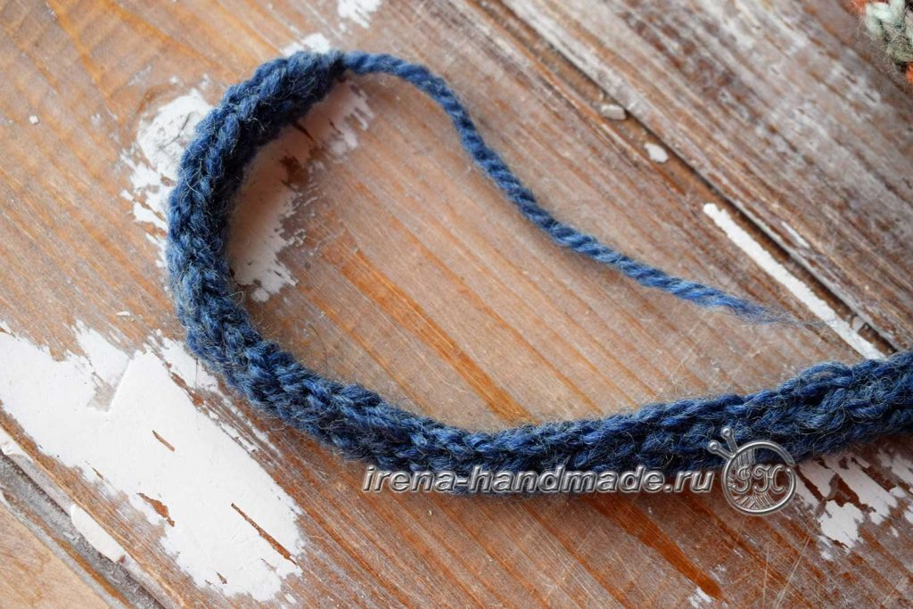 Двойная шапка с ушками - полый шнур
