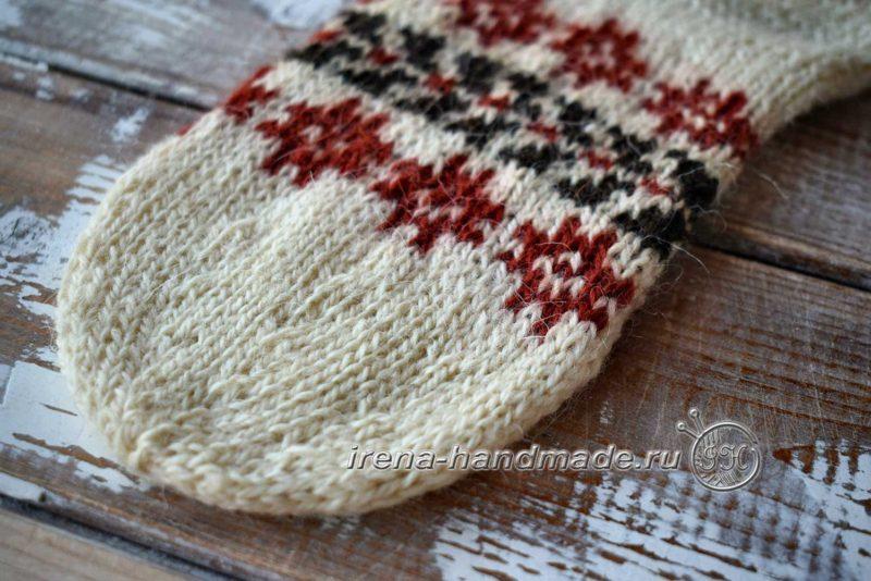 Носки с жаккардом «Рождество» - убавление на мыске